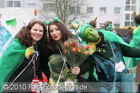 Karnevalszug in Köln-Merheim