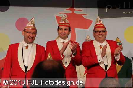 Einzug des Kölner Dreigestirns 2013 in die Hofburg