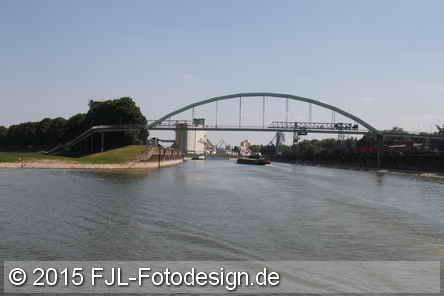 Große Kölner Hafenrundfahrt