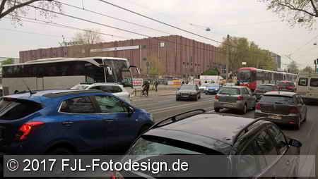 """""""Falschparker"""" in Köln-Deutz"""