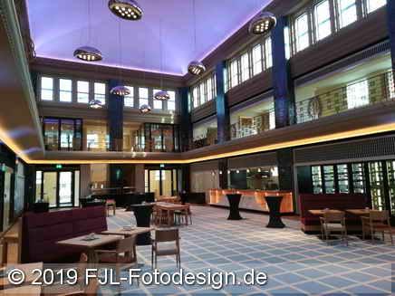 Deutz-Kalker Bad und Volksbibliothek Vorster, heute Hotel Stadtpalais