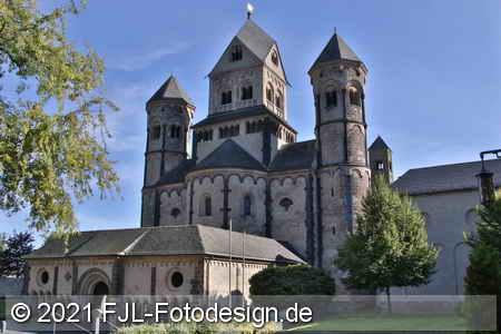 Abteikirche Maria Laach und der Laacher See